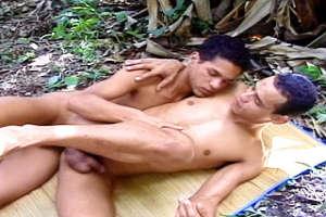 Outdoor Latino Fucking