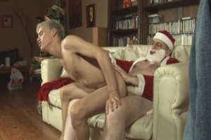 Old Santa fucks a young boy's ass on Xmas Eve