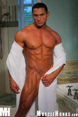 Muscle hunk Rico white towel